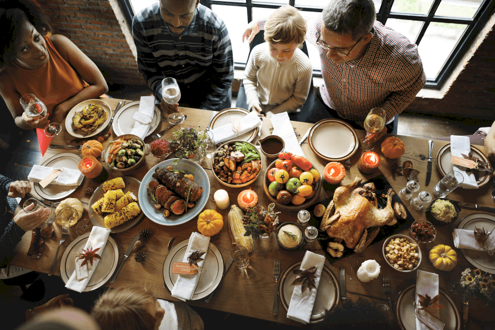 How Americans celebrate Thanksgiving Day Traditionally